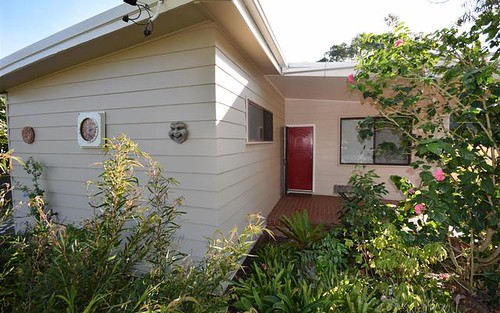 9 Aspinall St, Shoalhaven Heads NSW 2535