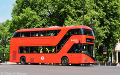 DSC_5855w (Sou'wester) Tags: bus buses publictransport psv london londontransport lt lrt tfl hydeparkcorner piccadilly route73