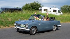 TRIUMPH Herald cabriolet 1967 (claude 22) Tags: tourdebretagne abva 2017 rallye old vintage classic vehicule cars voitures automobiles collection brittany finistère triumph herald cabriolet 1967 roadster fuji fujifim 18135mm fujinon tourdebretagneabva tourdebretagne2017 claude22 claudelacourarie