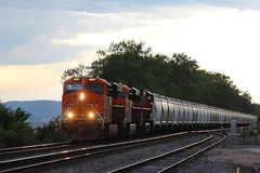 Unit Frac (view2share) Tags: bnsf6567 fracsand freight freighttrain freightcar freightcars frac bnsf burlingtonnorthernsantafe bnsfrailway stcroixsub june162017 june2017 june 2017 deansauvola spring summer train track transportation trains tracks transport trackage trees railway railroading railroads rail rails rr railroaders roadtrip railroad rring river mississippirivervalley mississippiriver uppermississippirivervalley mississippi wisconsin wi westernwisconsin eastbound pepin county pepincounty switch sidetrack ge generalelectric gevo locomotive engine