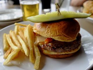 Buffalo Burger, Emmett's. (X70)