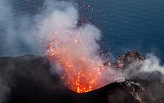 DSC_1658 (Tango Charlot) Tags: isole eolie stromboli sicilia volcano lava magma