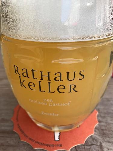 Rathaus Keller Bier