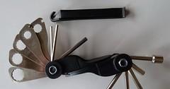 """Das Fahrradwerkzeug. Die Fahrradwerkzeuge. Mit diesen platzsparenden Fahrradwerkzeugen ist man auf Pannen vorbereitet. • <a style=""""font-size:0.8em;"""" href=""""http://www.flickr.com/photos/42554185@N00/34165389183/"""" target=""""_blank"""">View on Flickr</a>"""