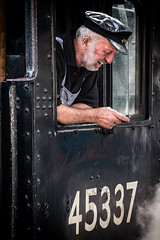 Black Five Driver (Mister Oy ***WOW! 5 Million Views!***) Tags: davegreen oyphotos ©oyphotos llangollen wales northwales train steamtrain railway transport heritage vintage black5 45337 driver people fujixpro2 fuji50140mmf28