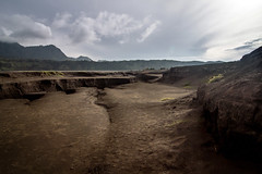 Bromo, Indonesia (pas le matin) Tags: landscape world paysage travel voyage indonesia indonésie asia asie bromo volcano volcan crater canon 7d canon7d canoneos7d eos7d sky ciel clouds cloudy nuages
