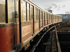 S-Bahn unter Dampf (grapfapan) Tags: 2002 477 berlin germany sbahn railways deutschland de
