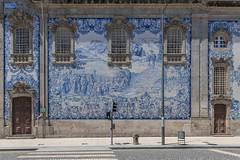 Igreja do Carmo (José M. Arboleda) Tags: arquitectura edificio torre calle callejón porto oporto portugal canon eos 5d markiv ef1635mmf4lisusm jose arboleda josémarboleda