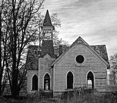 Abandoned Church Grass Valley B (jim.choate59) Tags: church abandoned ruraldecay smalltown jchoate monochrome bw decay oregon grassvalleyoregon on1pics