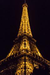 La Tour Eiffel (Pawel Hoffmann) Tags: efs18135mm paris france frankrike lights city architecture arkitektur eiffeltower eiffeltornet latoureiffel canoneos600d canon