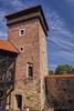 Najviša kula kaštela Dubovac iz unutrašnjeg dvorišta