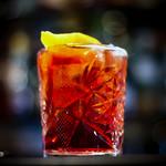 Cocktail americano aperitivo italiano con vermouth rosso e bitter campari thumbnail