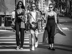 Look (totofffff) Tags: cannes film festival croisette tapis rouge noir blanc black white em1 zuiko street photo