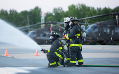 FIRE_ARFF_14 (Joint Base Myer-Henderson Hall) Tags: aircraftrescueandfirefighting arff training fireandemergencyservices davisonarmyairfield fortbelvoir fire