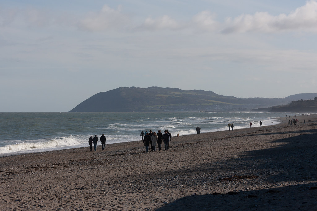 KILLINEY BEACH AND VIEWS FROM THE BEACH [THE DAY BEFORE ST. PATRICKS DAY 2008]-129534