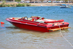 IMG_6272 (imelvis) Tags: parker river arizona water boat noid toy noids ramos family beach shore red blue only woman v8