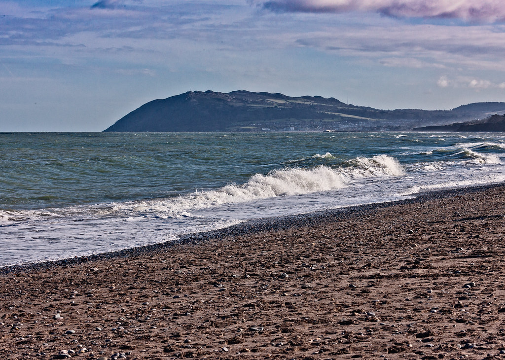 KILLINEY BEACH AND VIEWS FROM THE BEACH [THE DAY BEFORE ST. PATRICKS DAY 2008]-129539