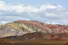 Aladaglar mountains. (Victoria.....a secas.) Tags: irán aladaglarmountains montañas mountains nubes clouds