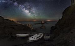 El embarcadero de las Sirenas (valero28) Tags: nikon d750 sergiovalero españa cabo de gata arrecife las sirenas almeria 1424mm f 28 via lactea milky way nocturna paisaje landscape barca boat noche night