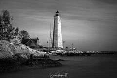 File Mile Point Lighthouse (Simmie | Reagor - Simmulated.com) Tags: 2017 connecticut connecticutphotographer fivemilepointlight landscape landscapephotography lighthousepointpark lighthouse longislandsound madison may nature naturephotography newhaven ocean outdoors outdoorsseascape seascape spring sunset unitedstates beach digital https500pxcomsreagor httpswwwinstagramcomsimmulated water wwwsimmulatedcom us