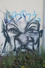 DSC_0017 (emilyD98) Tags: rue personnage street art st nazaire insolite chantier naval port ville city graffiti tag mur wall petit maroc visage portrait urban exploration