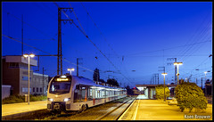 20170609 Abellio ET 25 2303, Emmerich (20043) (Koen Brouwer) Tags: re19 emmerich abellio et25 2303 trein train zug station gare bahnhof blue hour night dark summer international