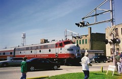 WSOR E9 10C crosses Center Ave. in Brodhead on a Green Co. Depot Days excursion (AndyWS formerly_WisconsinSkies) Tags: train railroad railway railfan wisconsinandsouthern wsor emd e9a e9 eunit locomotive