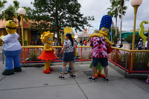 """Universal Studios, Florida: Tracey and Scott with the Simpsons • <a style=""""font-size:0.8em;"""" href=""""http://www.flickr.com/photos/28558260@N04/34579393172/"""" target=""""_blank"""">View on Flickr</a>"""