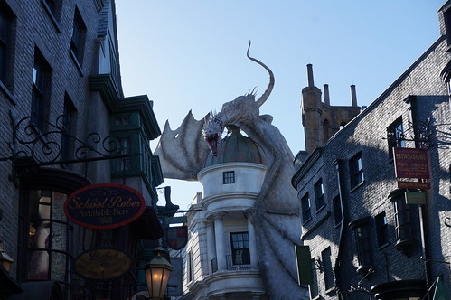 """Universal Studios, Florida: Diagon Alley • <a style=""""font-size:0.8em;"""" href=""""http://www.flickr.com/photos/28558260@N04/34709979876/"""" target=""""_blank"""">View on Flickr</a>"""