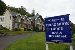 Creag Mhor Lodge (Sparky the Neon Cat) Tags: europe uk united kingdom gb great britain scotland scottish highland north ballachulish creag mhor lodge building sign