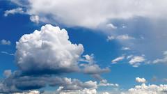 Not so blue (mic00l) Tags: 24105mm lyon printemps f40 canon eos 6d candid strret shot blue sky spring lyon5earrondissement auvergnerhônealpes france fr