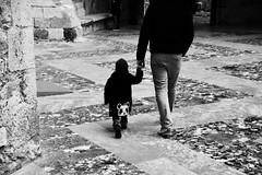 Daddy`s Girl. (Chrissu Summer) Tags: vertrauen band leben liebe france black tochter vater love daughter girl dad
