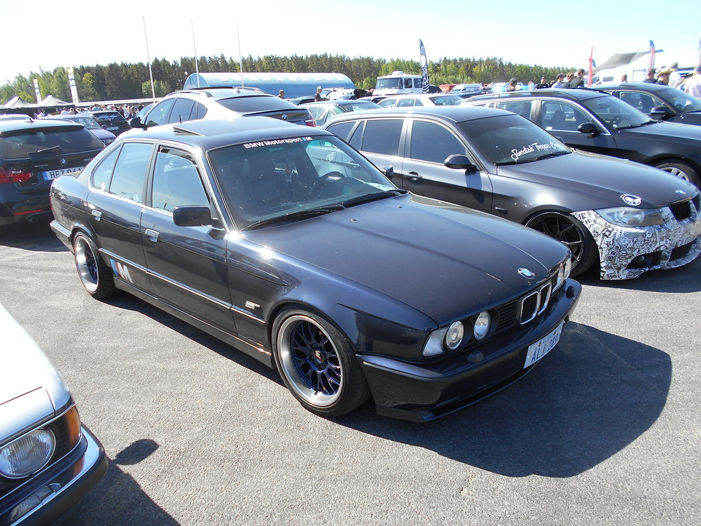 the world 39 s best photos of bmw and e34 flickr hive mind. Black Bedroom Furniture Sets. Home Design Ideas