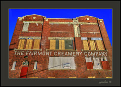 Fairmont Creamery (the Gallopping Geezer '4.8' million + views....) Tags: fairmontcreamery building structure abandoned weathered worn decay decayed faded sign signs ghostsign ad advertise advertisement name closed vacant canon geezer 2016 5d3 24105
