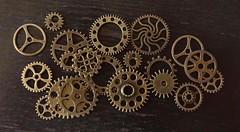 gears2 (eloyruizmontañez) Tags: mecánica repuestos backgrounds engranaje
