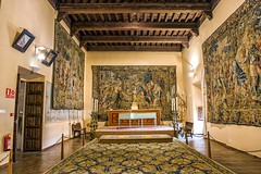 Museo Diocesano, tapices (Carlos SGP) Tags: tapices museo museodiocesanodecuenca museu cuenca castillalamancha españa escultura es edificio arquitectura arte architecture art