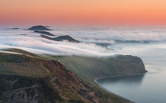 Sea-Mist on the Llyn Peninsula (Kristofer Williams) Tags: fog mist seamist llynpeninsula sunset inversion peaks coast landscape wales