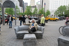 IMG_3715 (Mud Boy) Tags: newyork nyc manhattan midtowneast clay clayhensley clayturnerhensley lizglynnopenhouse art publicart contemporaryartscene doriscfreedmanplazacentralpark60thstreet5thavenue