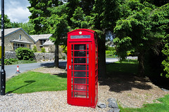 Its a British icon ! - June 2017 (I.T.P.) Tags: red telephone box british