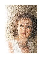 (Antonio Gutiérrez Pereira) Tags: antoniogutierrezfotografia wwwantoniogutierrezfotografiacom dinamocoworking retrato mirada mujer portrait cristal surrealismo soledad