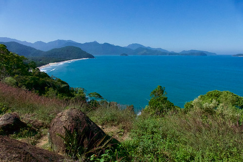 brazil-paraty-views-of-costa-verde-from-ubatuba-copyright-pura-aventura-thomas-power