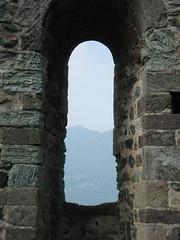 Nel nome della Rosa (ba.sa74) Tags: veduta cieloaperto natura openair mura monofora medioevo spiritualità torinese ambiente montagna monti pianura estate silenzio monaci ascolto