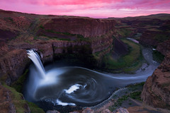 Palouse Falls at sunset. (Brendinni) Tags: palousefalls washingtonstate washington washingtonexplored easternwashington eawa waterfall waterfalls basalt volcanic iceage canyon sunset long new first firsttime swirl longexposure ndfilter nd cpl rock cliffs sage desert