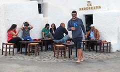 escenas de verano. Las Negras - Almeria (Luis Mª) Tags: personas spain almería lasnegras escenasdelavida escenasdeverano afiiae