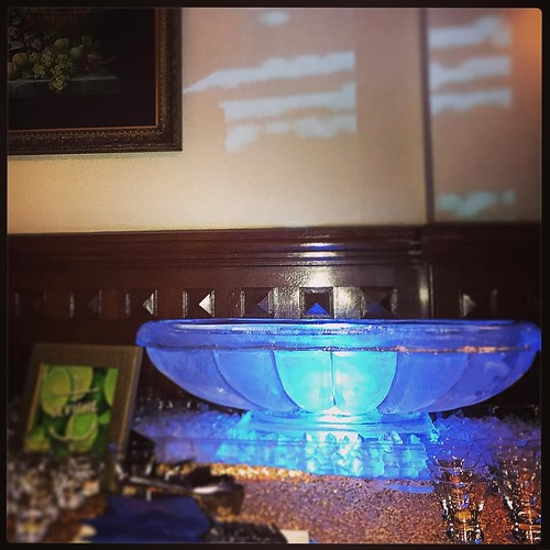 A nice and refreshing ceviche #icebowl to cool off the guests at a fun #barmitzvah @thedriskill with @caplanmiller #fullspectrumice #icebar #thinkoutsidetheblocks #brrriliant - Full Spectrum Ice Sculpture