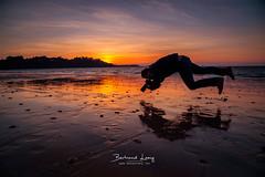 La fourberie (bertrandlamy) Tags: sunset autoportrait levitation la fourberie plage seascape bord de mer