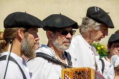 Transhumance en Haut-Salat (Ariège) (PierreG_09) Tags: fête tradition transhumance folklore groupefolklorique musique musicien seix ariège pyrénées pirineos couserans hautsalat midipyrénées occitanie