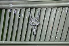 Ford V8 Badge (_honez) Tags: 2017brisbanehotrodshow hotrod show custom car vehicle vintage classic kustom kulture culture brisbane qld queensland brisbaneconventioncentre conventioncentre ride cruiser sportscar v8 ford