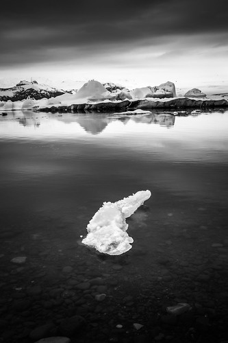 Jokulsarlon glacier lagoon - Iceland - Black and white photography