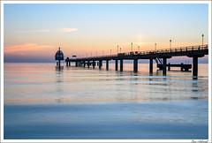 Seebrücke in der Morgendämmerung